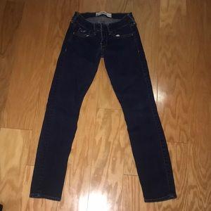 Hollister Dark Wash Skinny Jean, Size 00